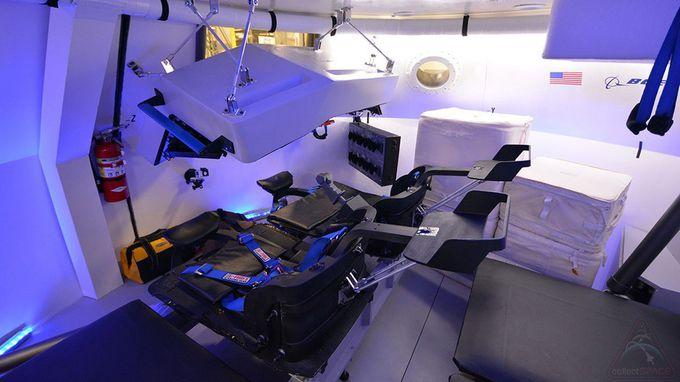 """Le vaisseau CST-100 """"Starliner"""" de Boeing - Page 4 Boeing-interior_02A8000001444292"""