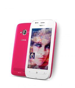Nokia Lumia 710 01